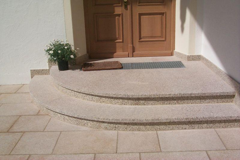 hauseingang gestalten granit treppe hauseingang. Black Bedroom Furniture Sets. Home Design Ideas